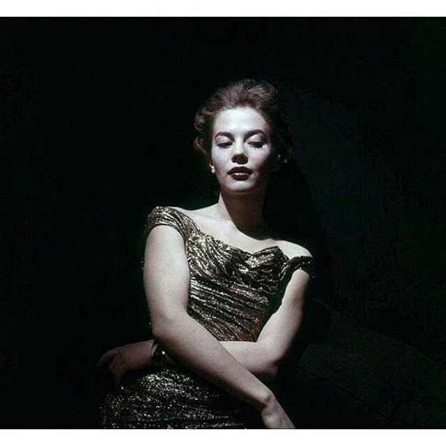I'd never seen this photo of my mom before today. Thank you @hollywood_vintage for sharing!