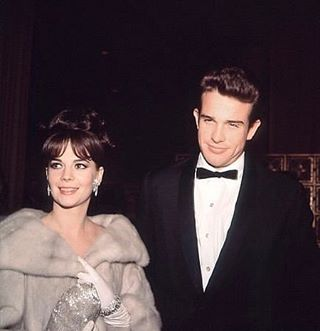 "Natalie Wood with her ""Splendor in the Grass"" costar and Best Actor Nominee, Warren Beatty at the 1962 Golden Globe Awards #NatalieWoodGoldenGlobes"