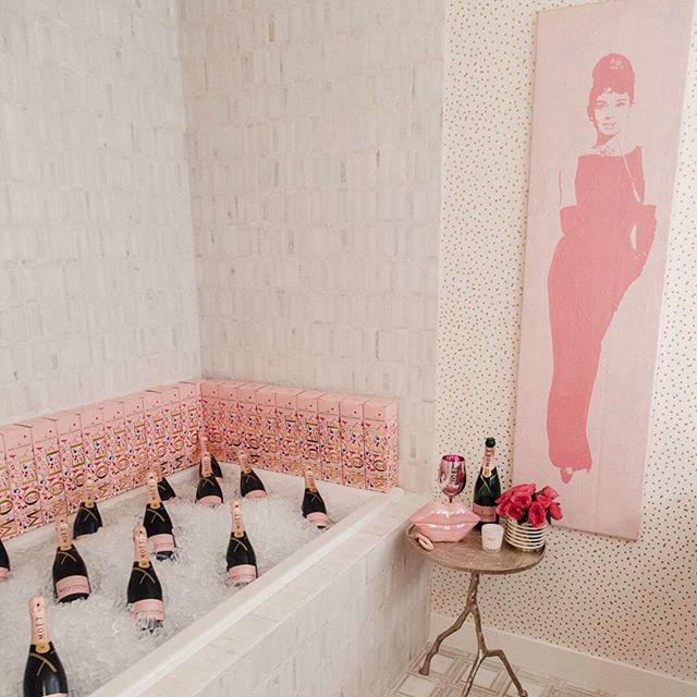 """Bubble bath"" complete with Natalie fragrance! 🍾"