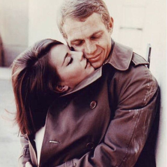 Natalie Wood and Steve McQueen in Love with the Proper Stranger. ⠀