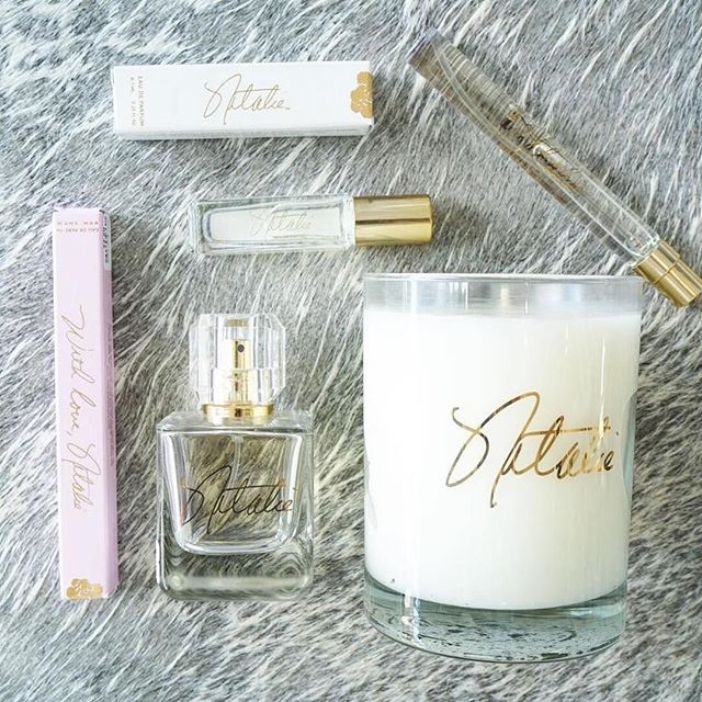 @ronrobinson78 ・・・ Feeling oh-so-fresh.  Inspired by the natural gardenia scent, @nataliewood Fragrance incorporates new elements like freesia, orange flower, and vanilla.  Available in-stores & online, link in bio.