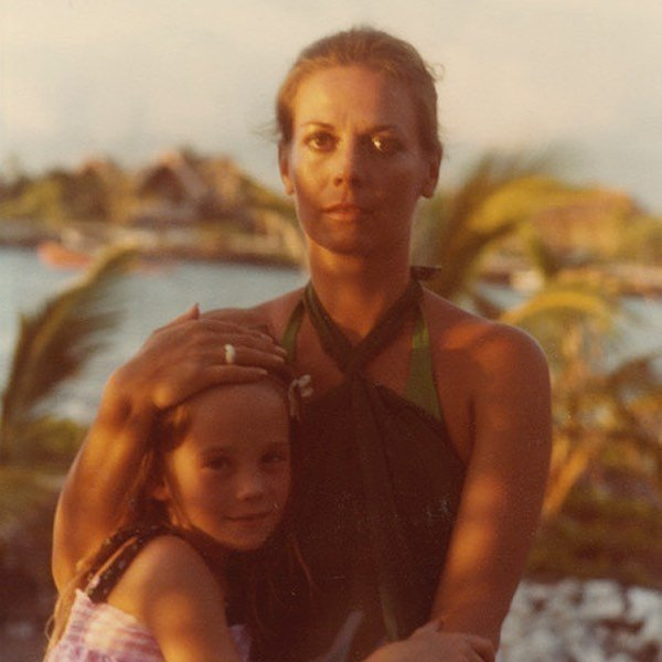 My mom and I at Kona Village in Hawaii. 1978. ️ Don't forget to use code SEP20 at checkout to get 20% OFF! nataliefragrance.com ⠀